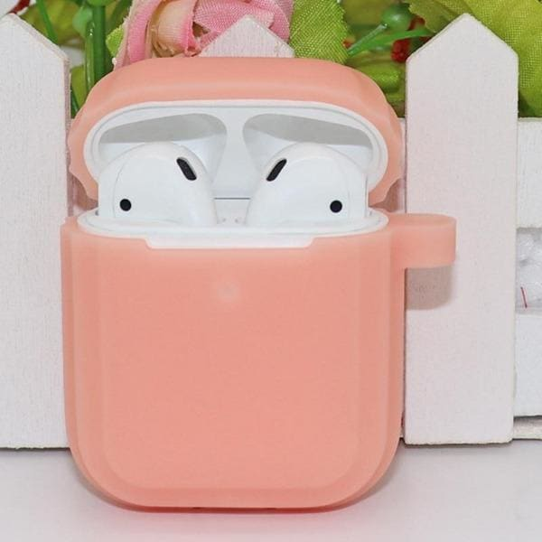 pink-glow-in-the-dark-airpod-case