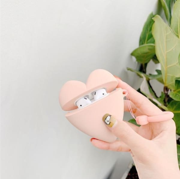 pink-heart-airpod-case