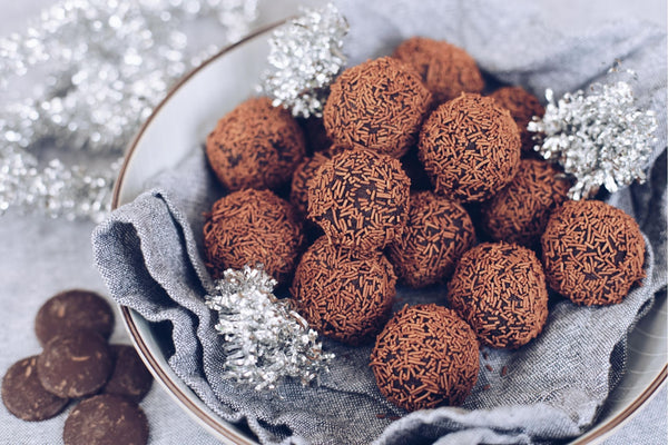 ▷ Easy Rum Balls for holiday | The Brand Decò