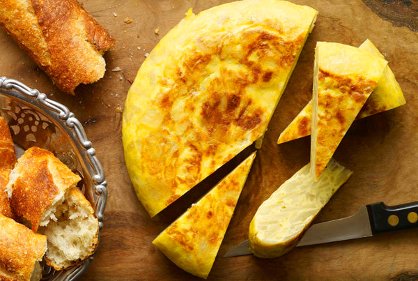 ▷ Spanish Recipe: Classic Tortilla | The Brand Decò