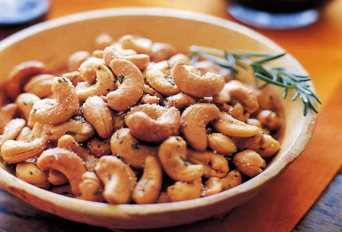 Sweet Rosemary Cashews
