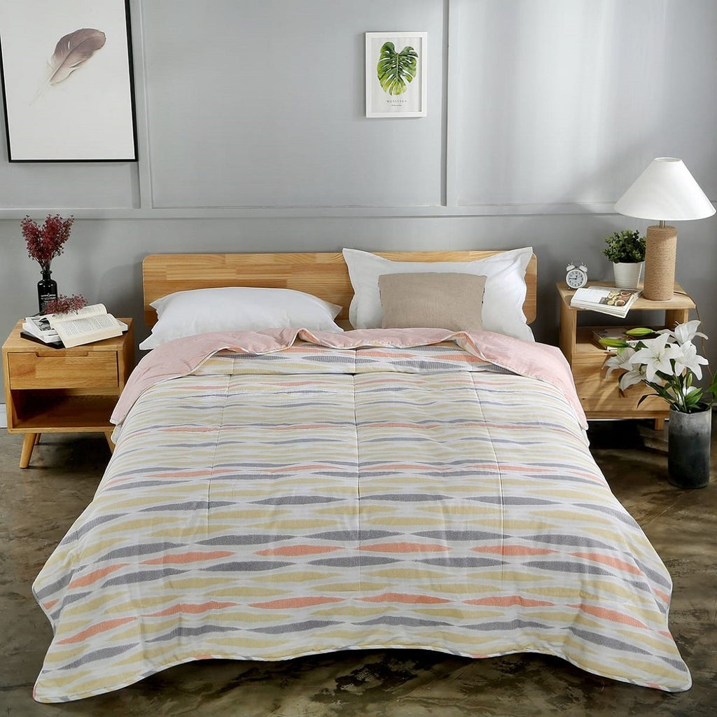 Amber Geometric Cotton Light Comforter