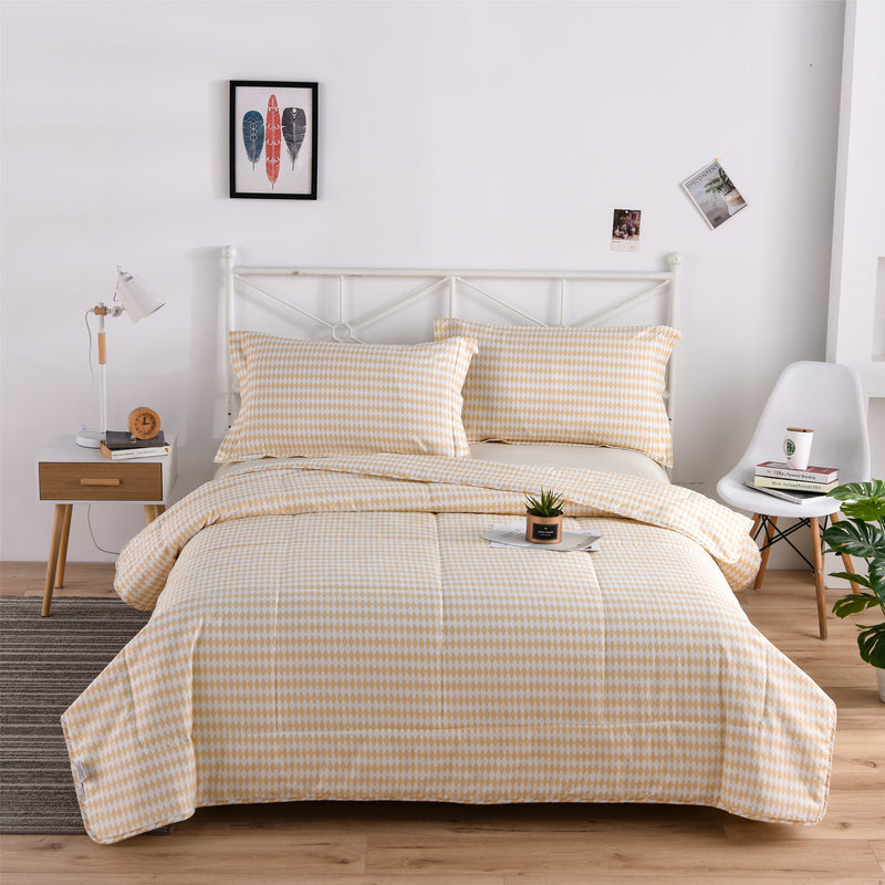Beige Diamond Geometric Cotton Light Comforter