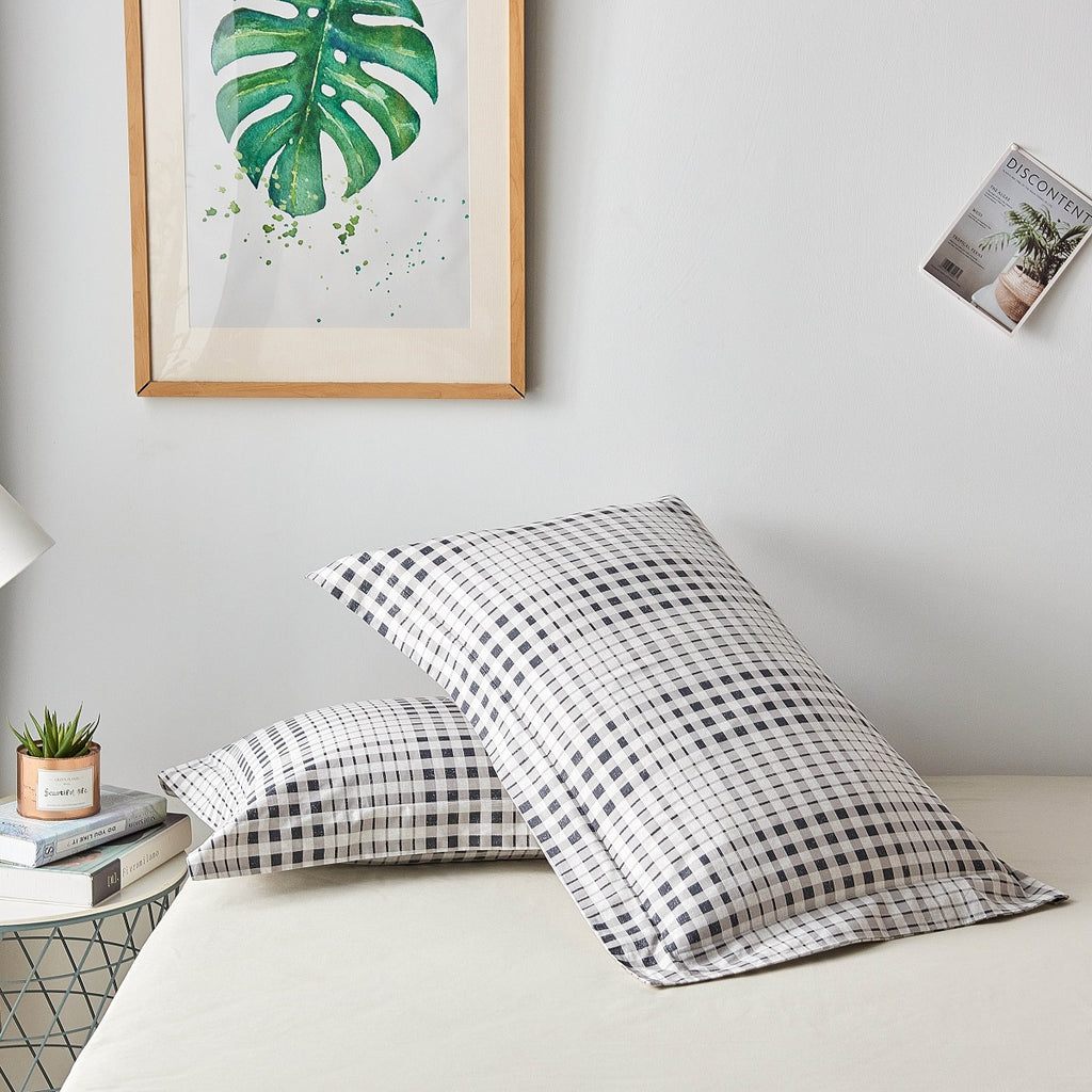 Brugger Grid Plaid Cotton Pillow Sham Set
