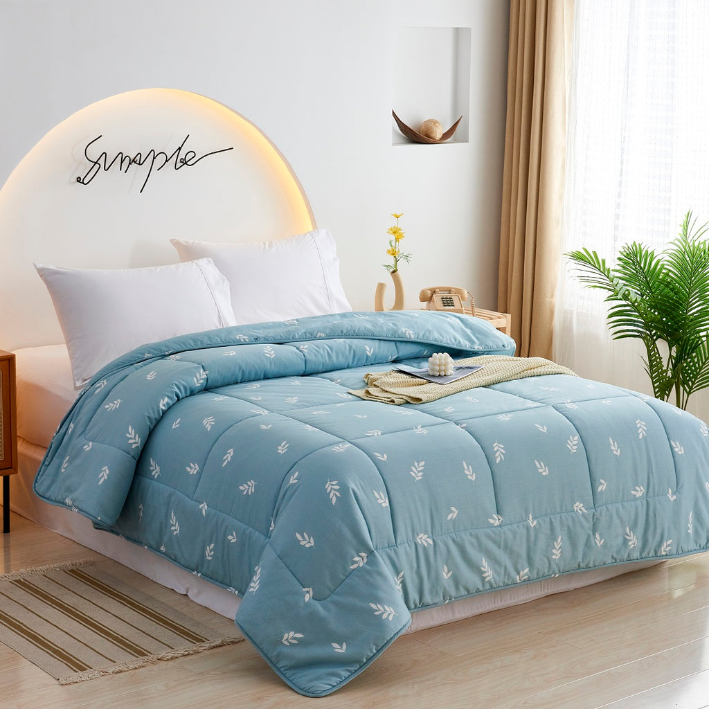 Cyan Leaves Pattern Cotton All Season Comforter