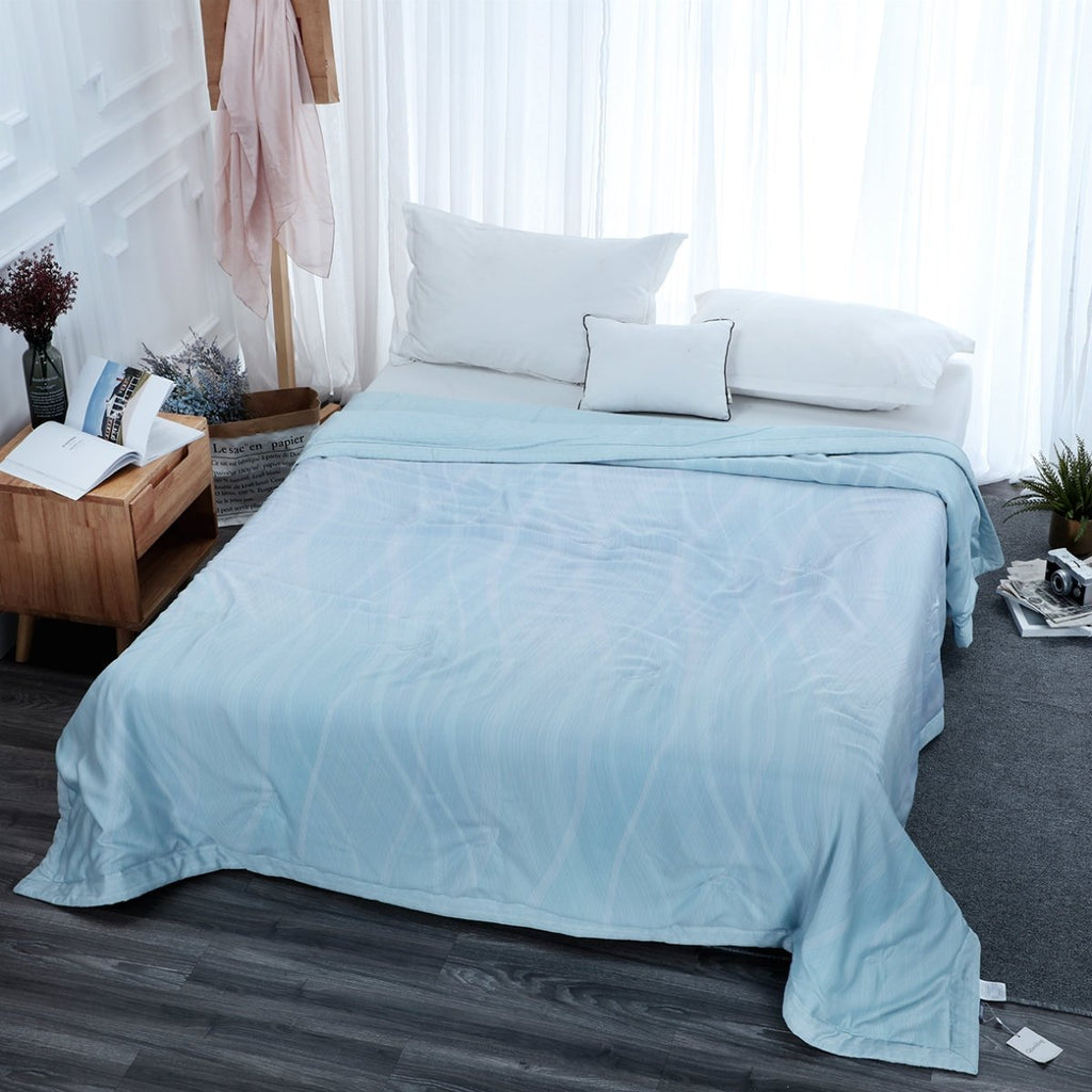 Moonlight Livia Geometric Loycell Fiber Light Comforter