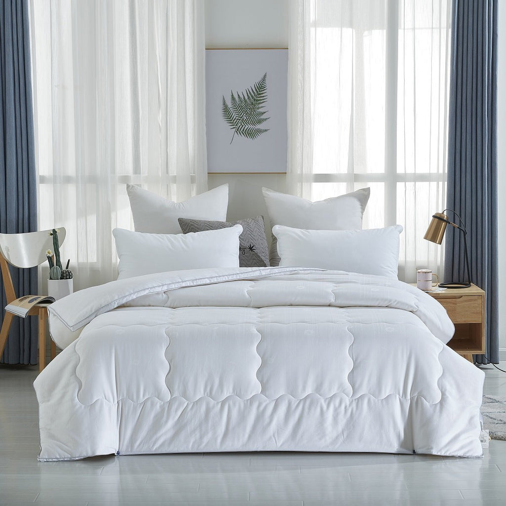 Solid White Soybean Fiber Winter Comforter