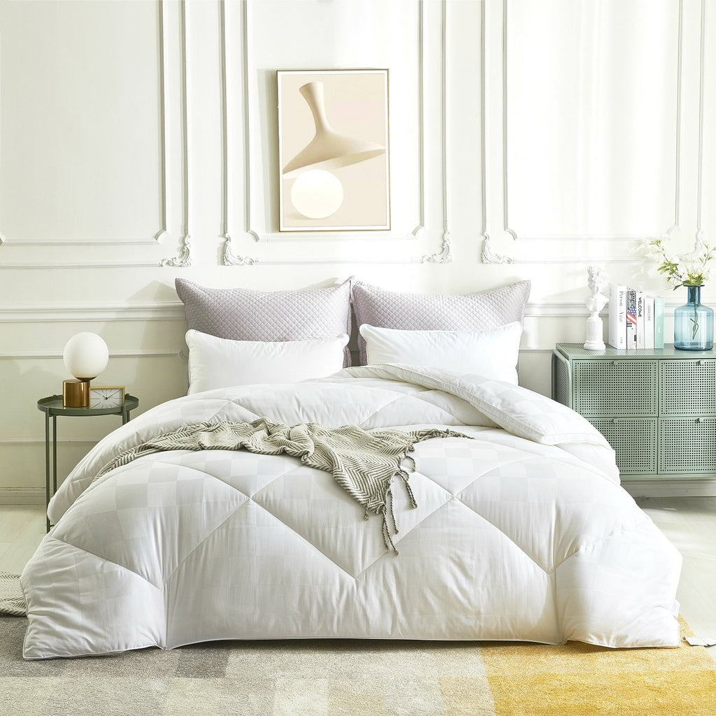 Solid White Extra Warmth synthetic wool Winter Comforter
