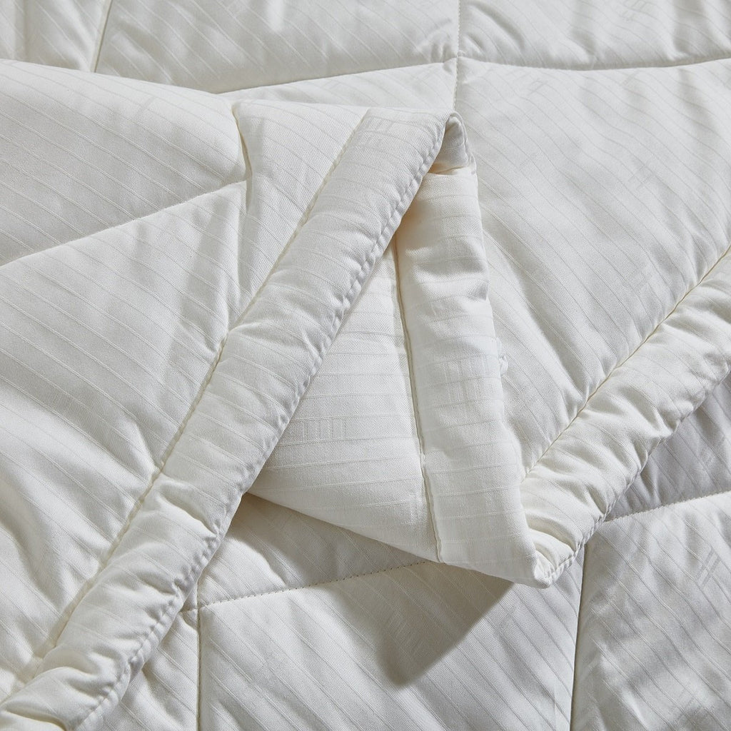 Solid White Australian Wool All Season Duvet Insert