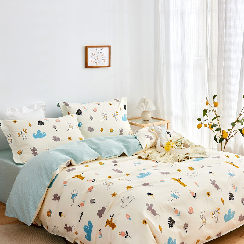 Vicky Cartoon Cotton Fitted Sheet Duvet Cover Set