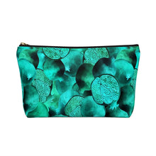 Load image into Gallery viewer, Accessory Pouch w T-bottom Green Garnet