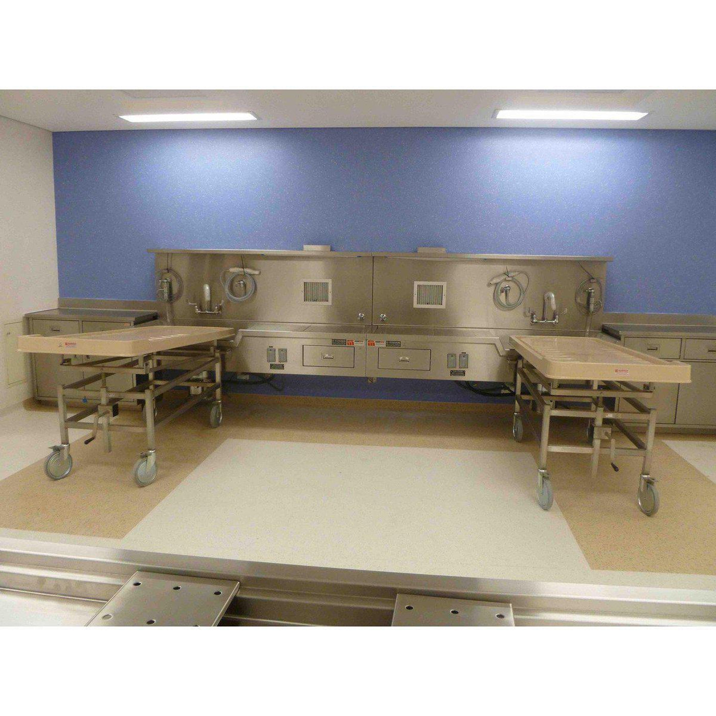 Ventilated Embalming Station Mortech Manufacturing Company Inc