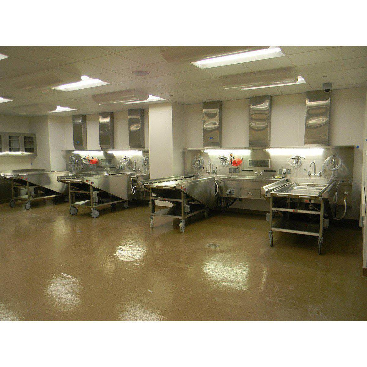 Ventilated Embalming Table Mortech Manufacturing Company