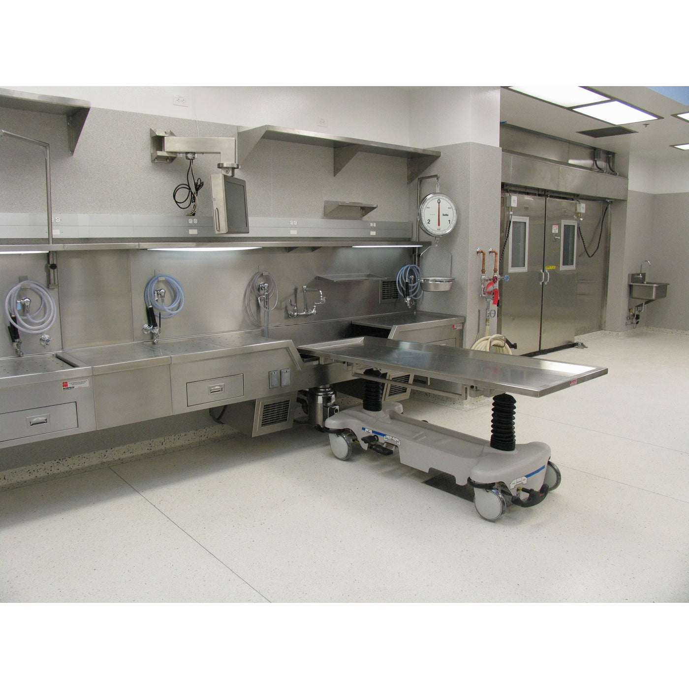 600015-H Hydraulic Autopsy Carrier-Body Transporter-Mortech Manufacturing Company Inc. Quality Stainless Steel Autopsy, Morgue, Funeral Home, Necropsy, Veterinary / Anatomy, Dissection Equipment and Accessories