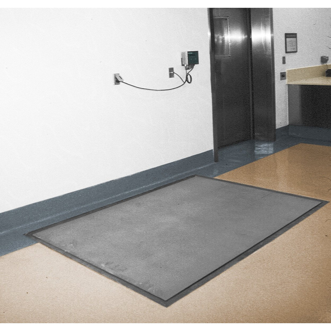 Floor Scales-Laboratory Accessory-Mortech Manufacturing Company Inc. Quality Stainless Steel Autopsy, Morgue, Funeral Home, Necropsy, Veterinary / Anatomy, Dissection Equipment and Accessories