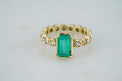 Colombian Emerald Ring with Diamonds - Albisia Jewelry