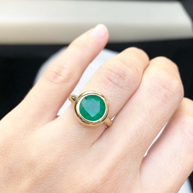 Round Zambian Emerald Ring