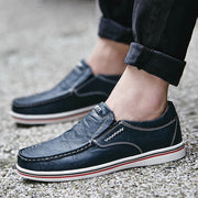 Men Large Size Cowhide Leather All Season Casual Shoes