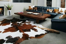 Load image into Gallery viewer, Cowhide Rug