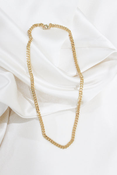 Stella Chain Necklace