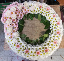 Load image into Gallery viewer, Funeral Floral Wreath 030 - G & J Florist