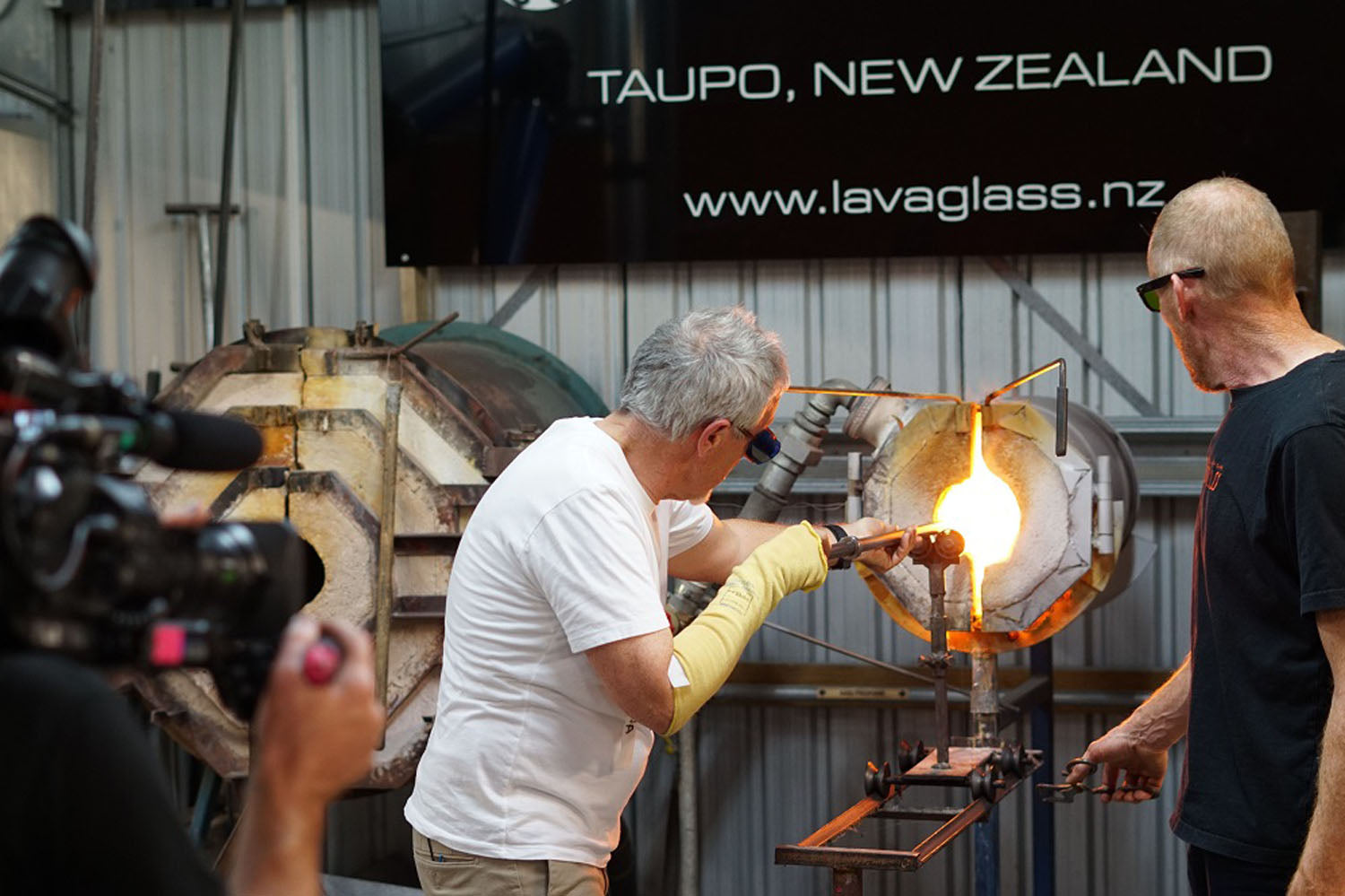 Griff Rhys Jones at Lava Glass_11