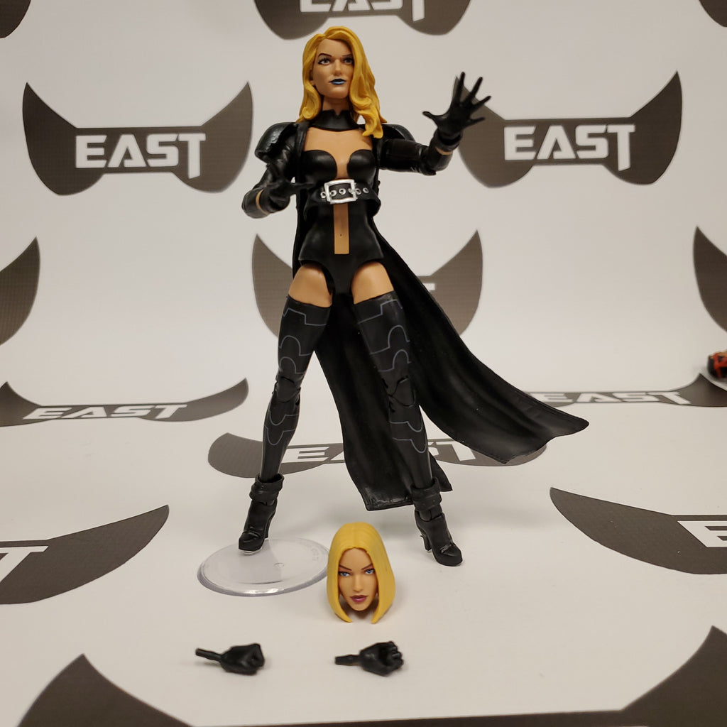 MARVEL LEGENDS WALGREENS EXCLUSIVE- EMMA FROST