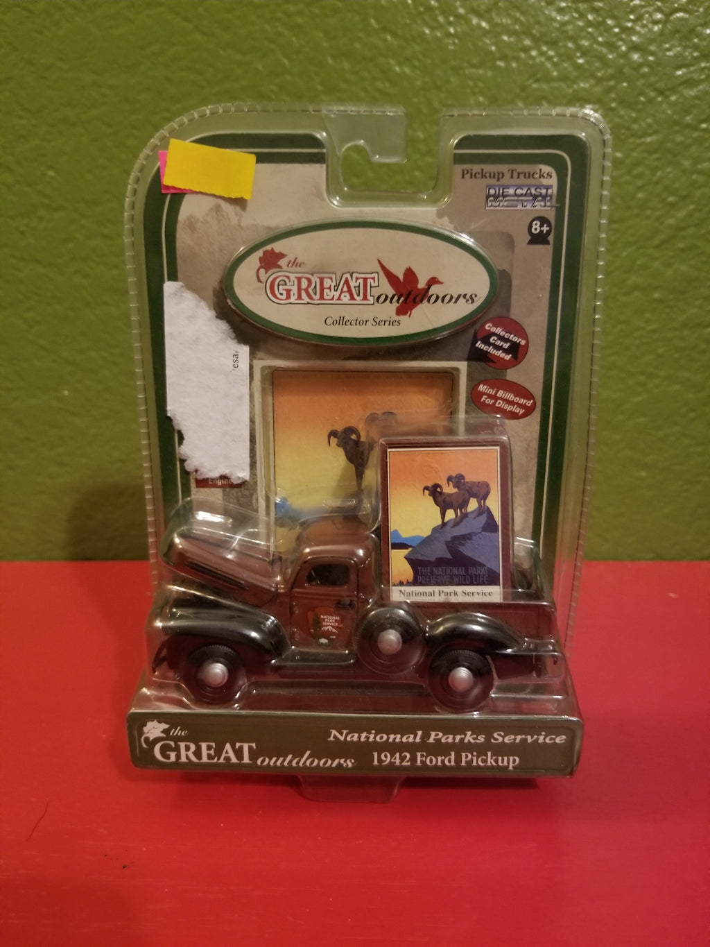 Gearbox Toys The Great Outdoors Collectors Series 1942 Ford Pickup