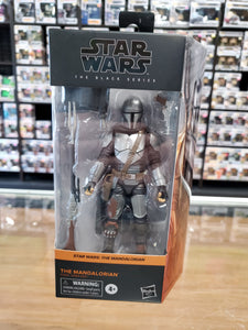 STAR WARS THE BLACK SERIES THE MANDALOREAN (BESKAR ARMOR)