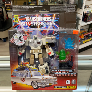 Hasbro IDW Transformers x Ghostbusters Ectrotron (Ecto-1)