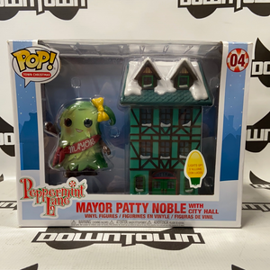 Funko Pop! Town Christmas Peppermint Lane Mayor Patty Noble with City Hall #04