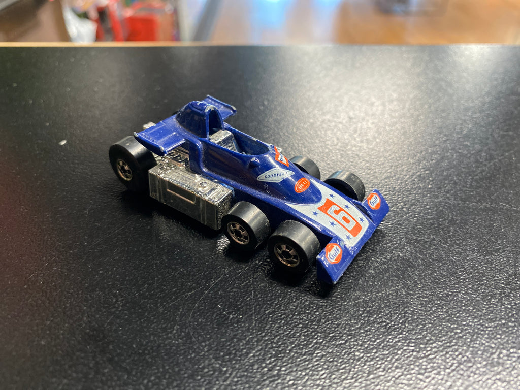Mattel Hot Wheels Lickety Six