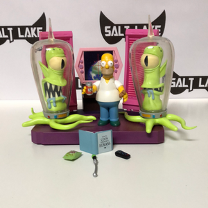 Playmates The Simpsons Treehouse of Horror Alien Spaceship Playset 2001