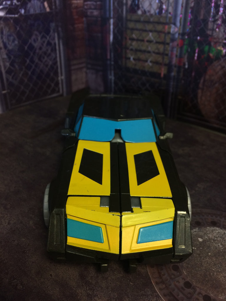 Hasbro Transformers Robots in Disguise 3-Step Changer Night Ops Bumblebee