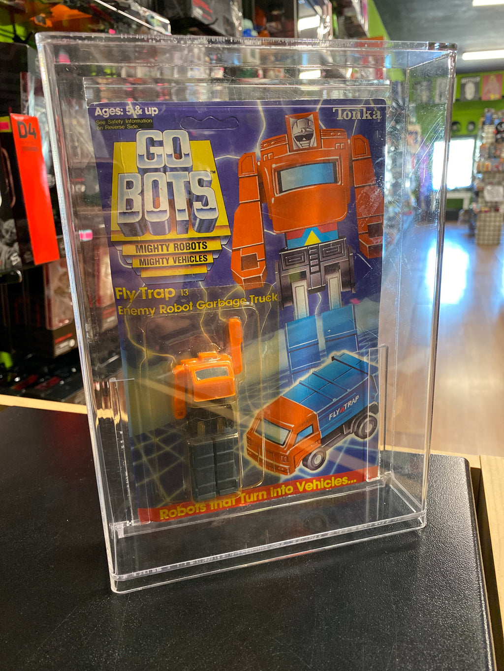 Tonka Go Bots Fly Trap Enemy Robot Garbage Truck