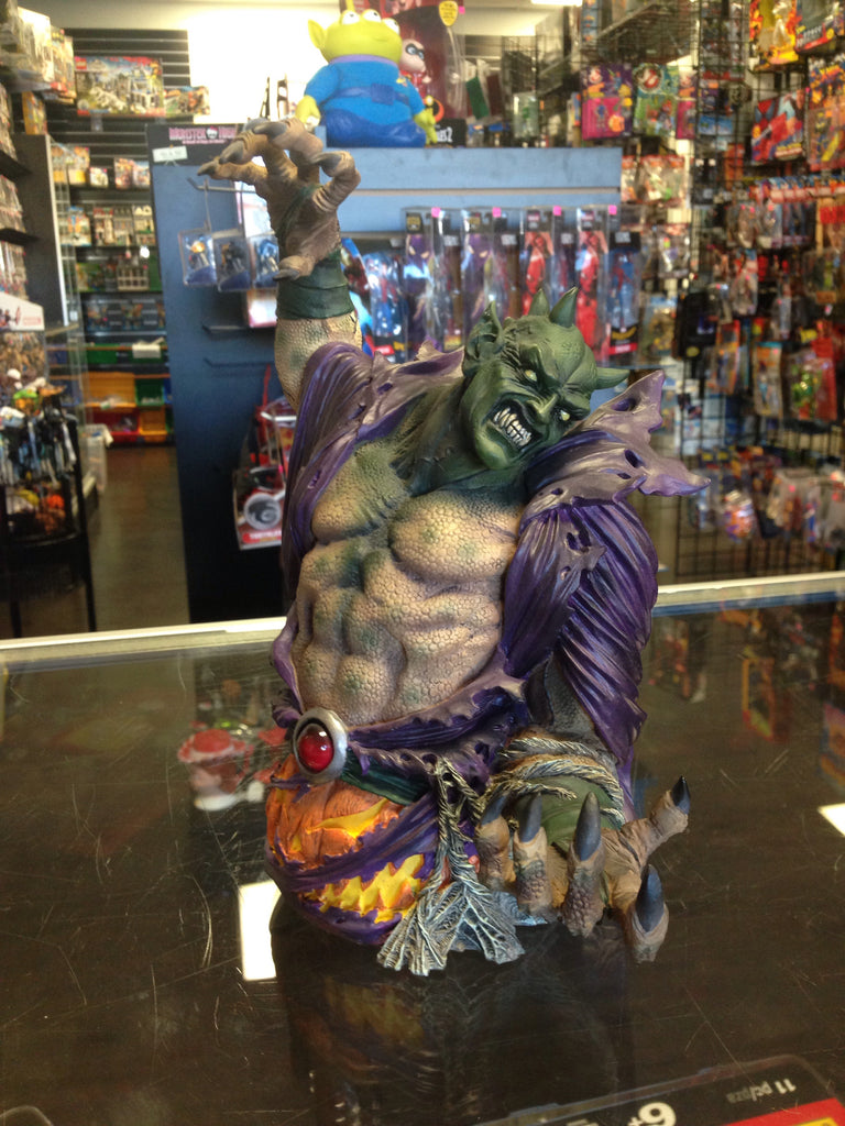Diamond Select Ultimate Spider-Man Green Goblin Ultimate bust