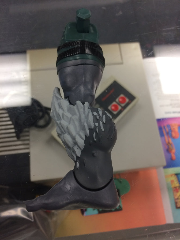 D.C. Multiverse Doomsday BAF Right Leg