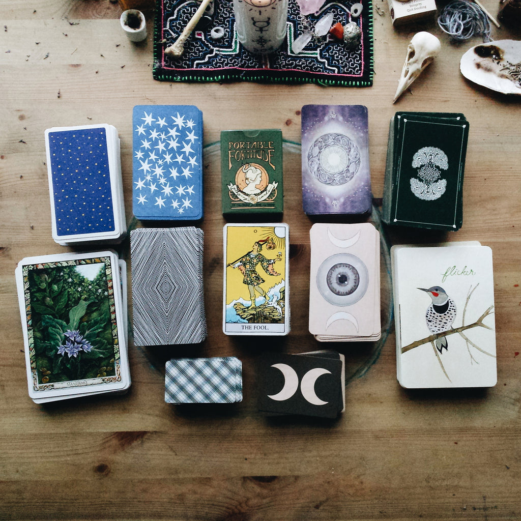 Joie Tan On Tarot & Oracle Cards Choosing Cards Spectrum Store