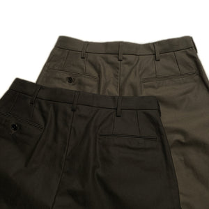 TWO TUCK SLACKS (ARMY SERGE)