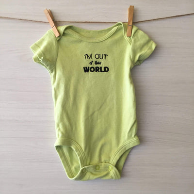 Carter's Body/Pilucho BODY VERDE I'M OUT OF THIS WORLD 3 MESES