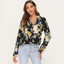 Load image into Gallery viewer, Vintage Floral Printed Blouse
