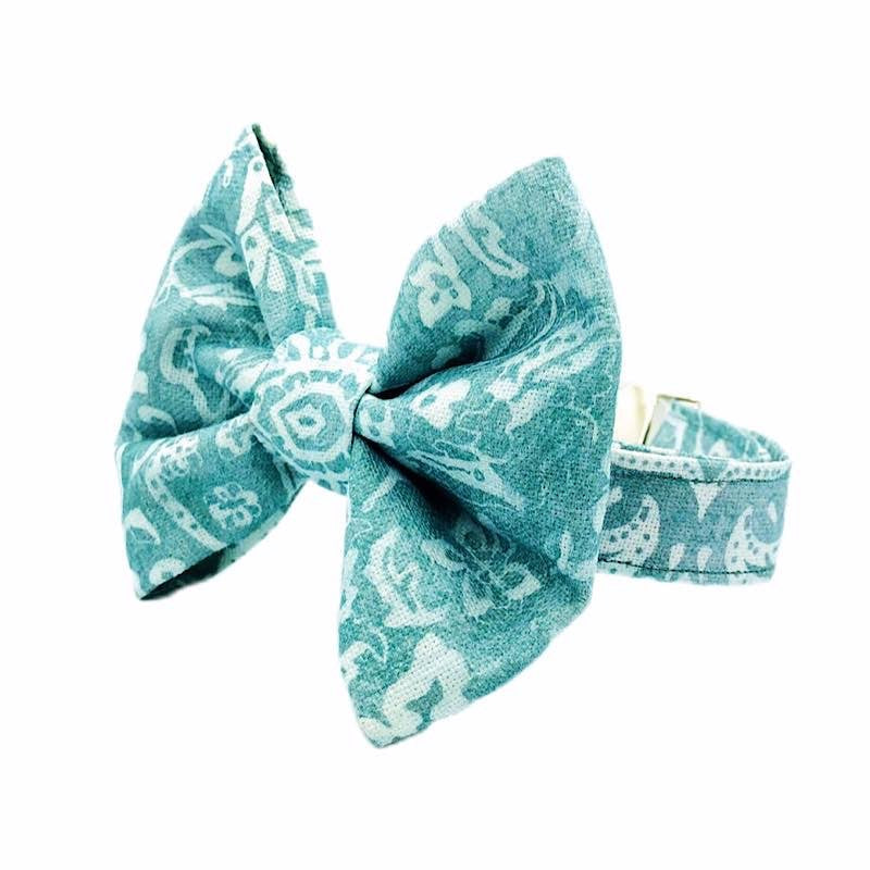 Waterfall Dog Bow Tie Collar - The Candy Dogs