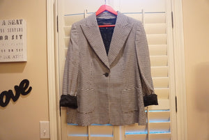 EXCLUSIVE NEW ARRIVAL from Tasha Cobbs!! ESCADA Houndstooth Blazer: Size 40