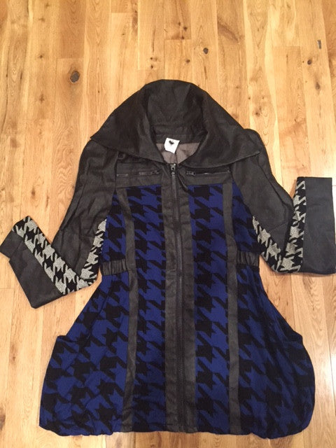 EXCLUSIVE NEW ARRIVAL by Tasha Cobbs!! Houndstooth Printed Jacket: Size 16