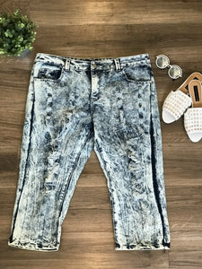 Ashley Stewart Distressed Denim Capri! Size 18