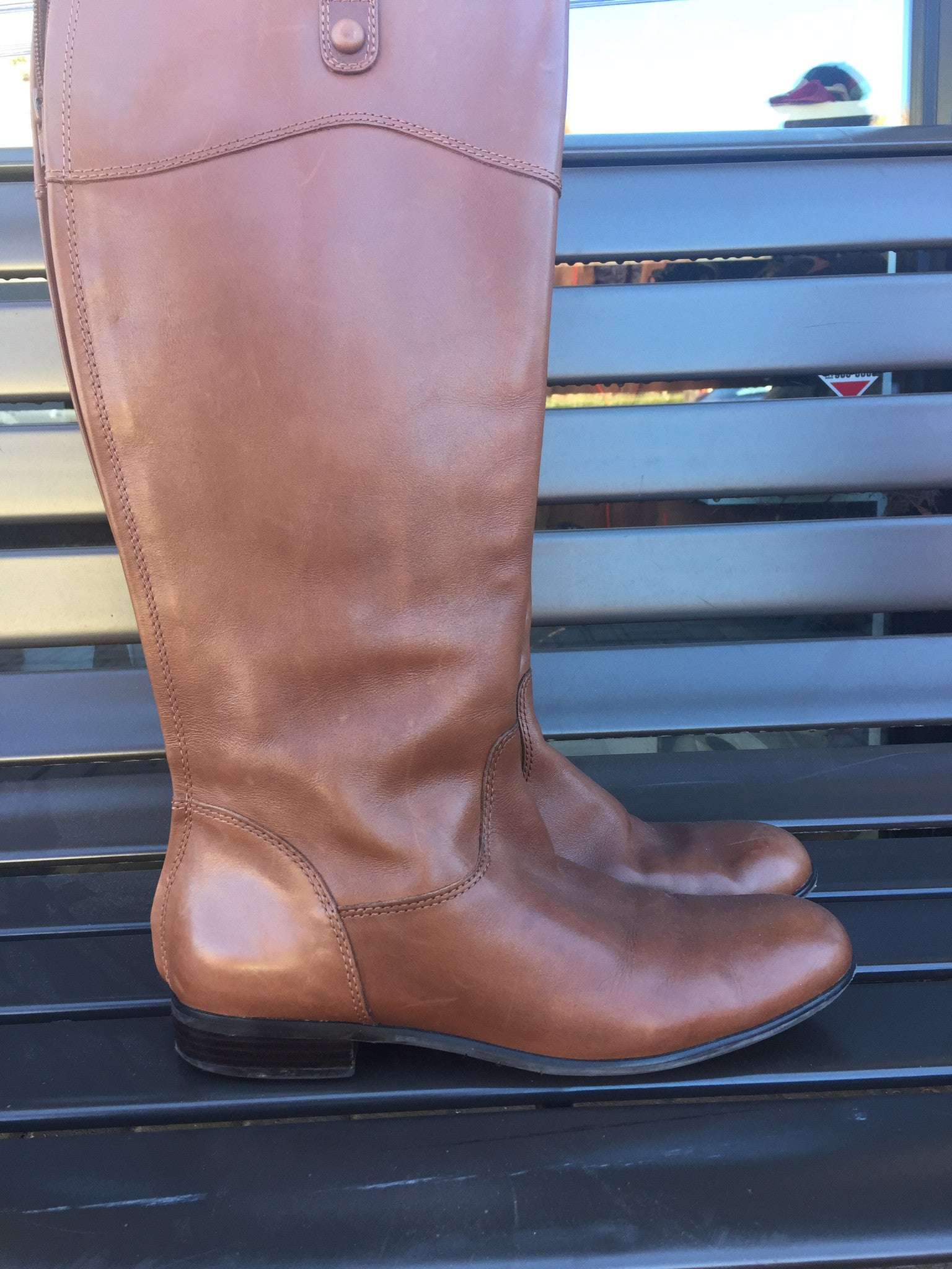 Ciao Bella Tan Leather Riding Boots: Sz 9.5