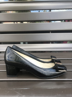 Michael Kors Patent Bow Shoes: Sz 7M