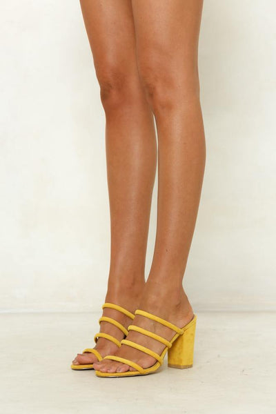 BILLINI Navo Mule Yellow Suede