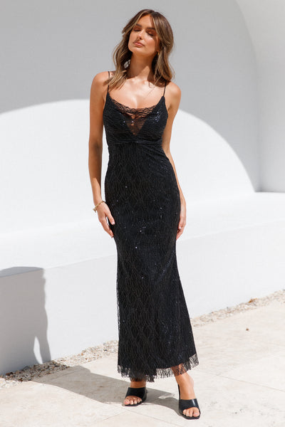 She Arrives Maxi Dress Black