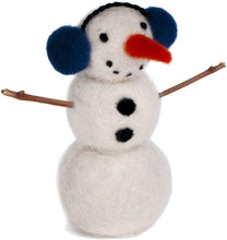 Load image into Gallery viewer, Needle Felting Snowman Kit